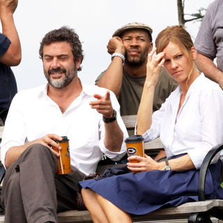 "Jeffrey Dean Morgan, Hilary Swank in Jeffrey Dean Morgan and Hilary Swank Filming ""The Resident"" Movie in Brooklyn on July 1, 2009"