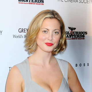 "Eva Amurri in ""Inglourious Basterds"" New York Premiere - Arrivals"