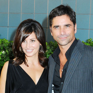 "Gina Gershon, John Stamos in ""Inglourious Basterds"" New York Premiere - Arrivals"