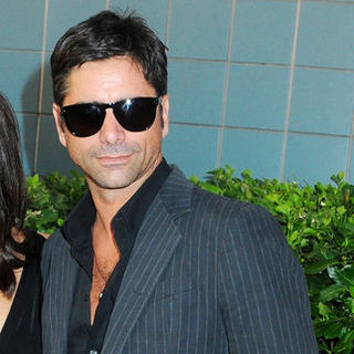 "John Stamos in ""Inglourious Basterds"" New York Premiere - Arrivals"
