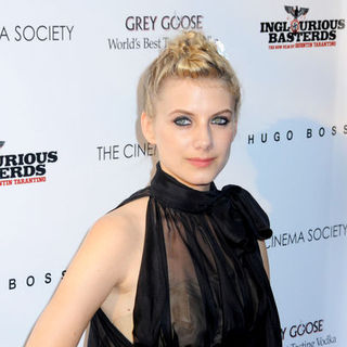 "Melanie Laurent in ""Inglourious Basterds"" New York Premiere - Arrivals"