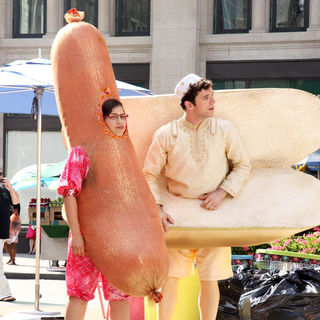 "America Ferrera, Michael Urie in ""Ugly Betty"" Filming in Lower Manhattan on August 25, 2009"