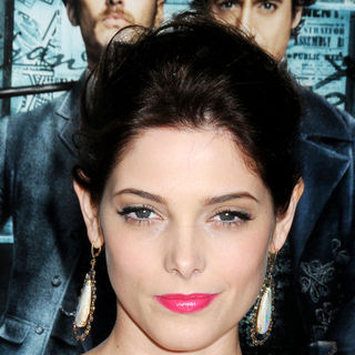 "Ashley Greene in ""Sherlock Holmes"" New York Premiere - Arrivals"