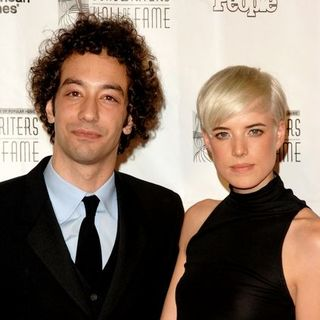 Albert Hammond Jr., Agyness Deyn in 2008 Songwriter Hall of Fame Awards Inductions - Arrivals