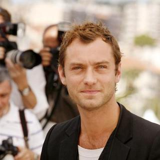 Jude Law in 2007 Cannes Film Festival - Day One - May 16, 2007