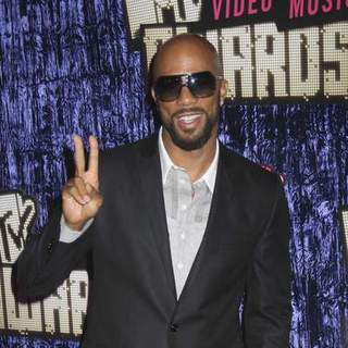 Common in 2007 MTV Video Music Awards - Red Carpet