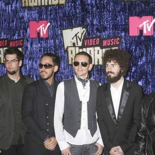 Linkin Park in 2007 MTV Video Music Awards - Red Carpet