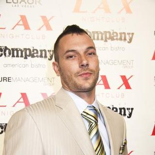 Kevin Federline in Paris Hilton and Nicky Hilton Host New Year's Eve 2008 Party at LAX Nightclub in Las Vegas