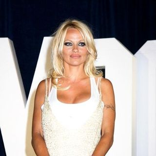 Pamela Anderson - Julien's Auctions Summer Entertainment Sale - Arrivals
