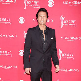 Joe Nichols in 44th Annual Academy Of Country Music Awards - Arrivals