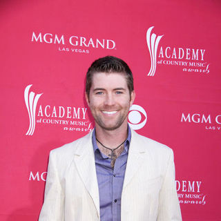 Josh Turner in 44th Annual Academy Of Country Music Awards - Arrivals - PRN-036669