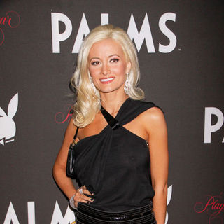 Holly Madison - Event: 50th Annual Playboy Playmate of the Year Announcement and Celebration - Arrivals