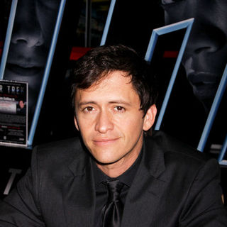 Clifton Collins Jr. in Clifton Collins, Jr. Autograph Signing at Brenden Theatres in Las Vegas on May 7, 2009
