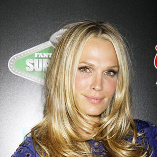 Molly Sims in Fantasy Football Superdraft 2009 VIP Party Hosted by Molly Sims at PURE in Las Vegas