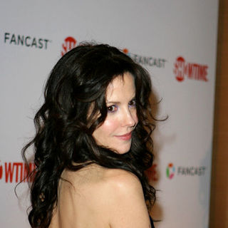 Mary-Louise Parker in 66th Annual Golden Globes - Showtime After Party - Arrivals - RSE-000101