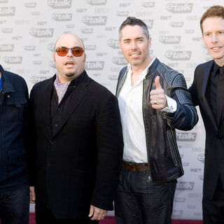 Barenaked Ladies in The 2009 Juno Awards Red Carpet Arrivals