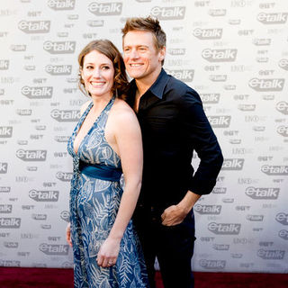 Kathleen Edwards, Bryan Adams in The 2009 Juno Awards Red Carpet Arrivals