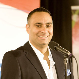 Russell Peters in 2009 Juno Awards - Press Room