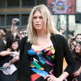 Alexandra Richards in 2009 MuchMusic Video Awards - Red Carpet Arrivals