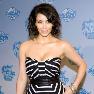 Kim Kardashian in 2009 MuchMusic Video Awards - Press Room