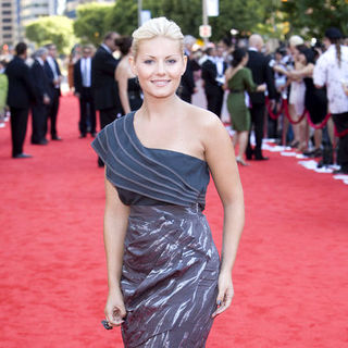 Elisha Cuthbert in Canada's Walk of Fame