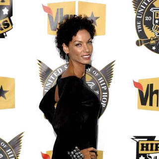 Nicole Murphy in 5th Annual VH1 Hip Hop Honors - Arrivals