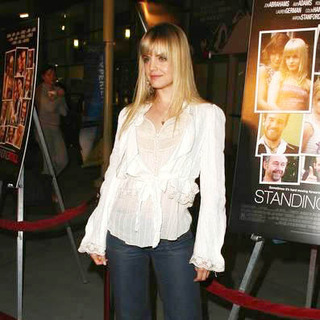 Mena Suvari in Standing Still Los Angeles Premiere - Arrivals