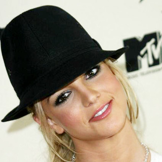 Britney Spears - MTV First Annual Bash