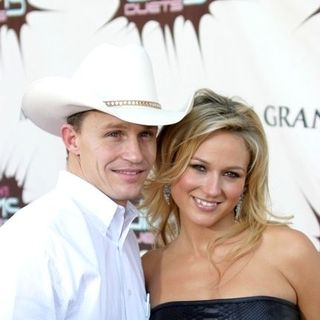 Jewel Kilcher, Ty Murray in VH1 Diva Duets 2003