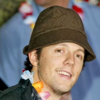 Jason Mraz in 50 First Dates Los Angeles Premiere
