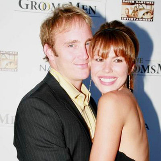 Jay Mohr, Nikki Cox in The Groomsmen Movie Premiere - Arrivals