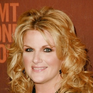 Trisha Yearwood in CMT Giants Honoring Reba McEntire - Arrivals