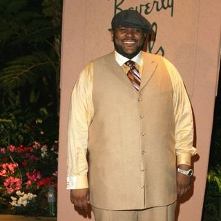 Ruben Studdard in Clive Davis' 2005 Pre-GRAMMY Awards Party - Arrivals - SGG-058333