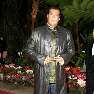 Steven Seagal in Clive Davis' 2005 Pre-GRAMMY Awards Party - Arrivals