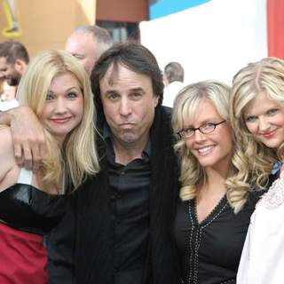 Susan Yeagley, Kevin Nealon, Rachael Harris, Alison Sweeney in Evan Almighty World Premiere