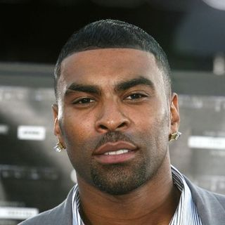 Ginuwine in Transformers Los Angeles Movie Premiere - Arrivals