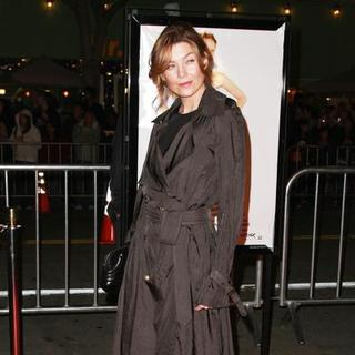 "Ellen Pompeo in ""27 Dresses"" Los Angeles Premiere - Arrivals"