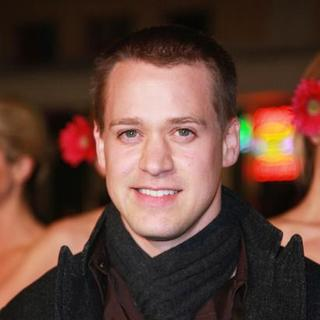 "T.R. Knight in ""27 Dresses"" Los Angeles Premiere - Arrivals - SGG-076487"