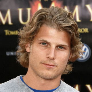 "Travis Van Winkle in ""The Mummy: Tomb of the Dragon Emperor"" American Premiere - Arrivals"