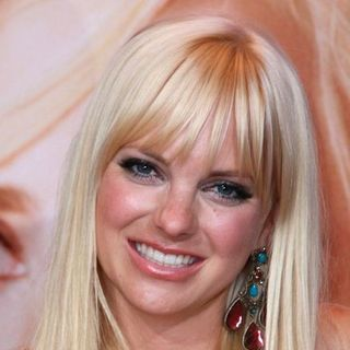 "Anna Faris in ""The House Bunny"" Los Angeles Premiere - Arrivals"