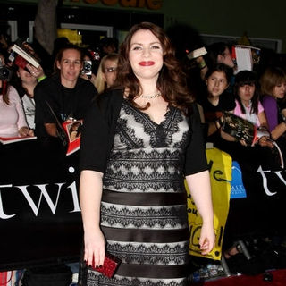"Stephenie Meyer in ""Twilight"" Los Angeles Premiere - Arrivals"