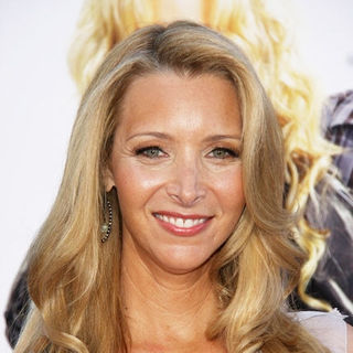 "Lisa Kudrow in ""Bandslam"" Los Angeles Premiere - Arrivals"