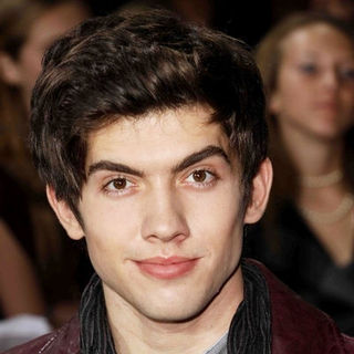 "Carter Jenkins in ""The Twilight Saga's New Moon"" Los Angeles Premiere- Arrivals"