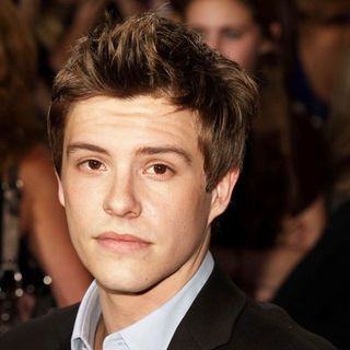 "Xavier Samuel in ""The Twilight Saga's New Moon"" Los Angeles Premiere- Arrivals - SGG-090652"