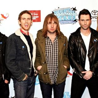 "Maroon 5 in The Daily Show's ""Night of Too Many Stars: An Overbooked Concert for Autism Education"""