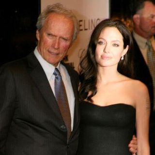 "Angelina Jolie, Clint Eastwood in 46th New York Film Festival - ""Changeling"" Premiere - Inside Arrivals"