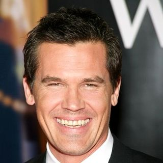 "Josh Brolin in ""W."" New York City Premiere - Arrivals"