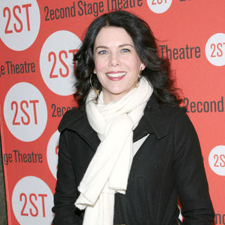 "Lauren Graham in ""Becky Shaw"" Opening Night - Arrivals"