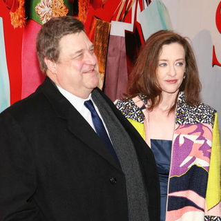 "John Goodman, Joan Cusack in ""Confessions of a Shopaholic"" New York Premiere - Arrivals"