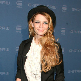 Mischa Barton in Mercedes-Benz Fashion Week Fall 2009 - G-Star - Arrivals